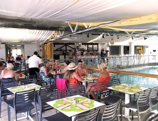 RESTAURANTE Apartamentos Benidorm Celebrations™ Pool Party Resort (Adults Only)