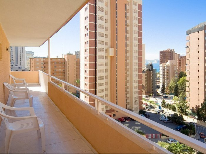 Apartment superior (living room + 1 bedroom + terrace) 6/6 апартаменты benidorm celebrations ™ music resort (adults only) бенидорм